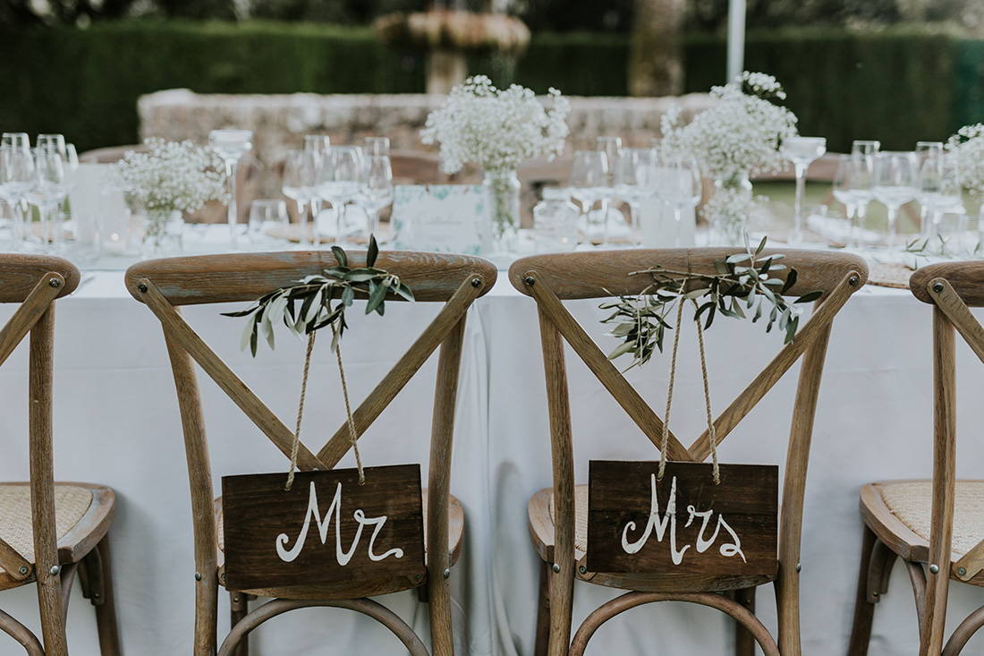 Wooden signs for weddings by Pasion Eventos